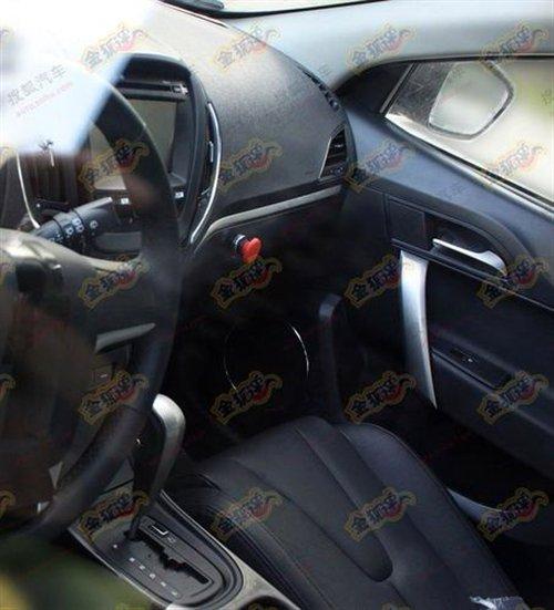 内饰清晰曝光 MG5量产版测试车谍照曝光 汽车之家