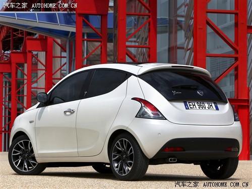 汽车之家 蓝旗亚 ypsilon 2012款 两门基本型