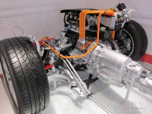 2013款奥迪Q5混合动力版11