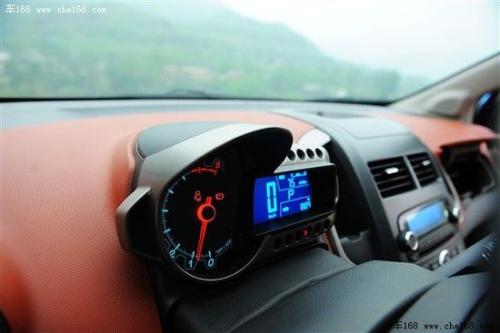 雪佛兰 通用雪佛兰 爱唯欧 2011款 两厢 1.6 AT SX