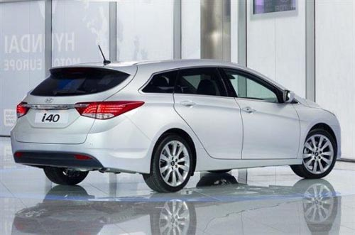 6升的汽油发动机,入门级active车型的售价比福特入门级蒙迪欧旅行车的
