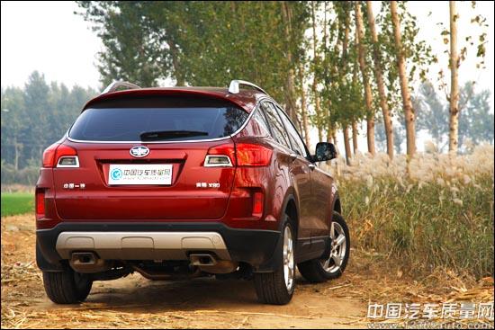 处女秀 试驾一汽首款SUV奔腾X80 2.3L高清图片