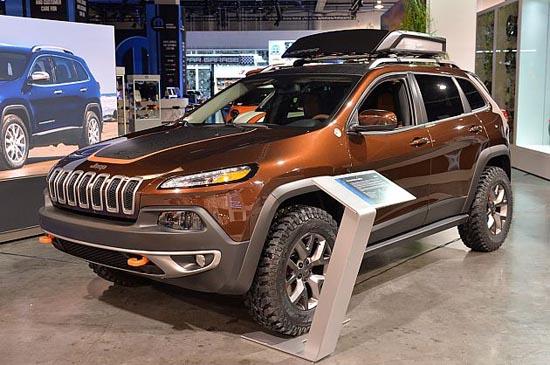 特别版车型 mopar推出jeep自由光改装方案