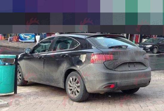 广汽菲亚特第二款车型 菲翔两厢实拍高清图片