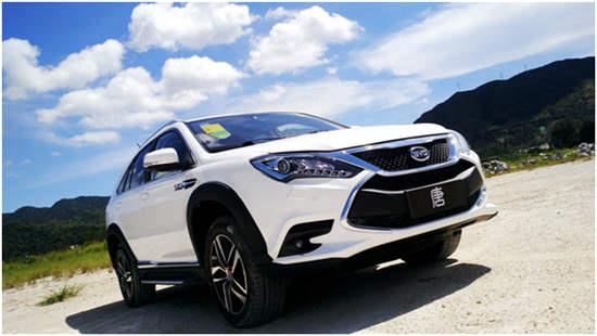 年度重磅新能源汽车 比亚迪 唐混动汽车高清图片