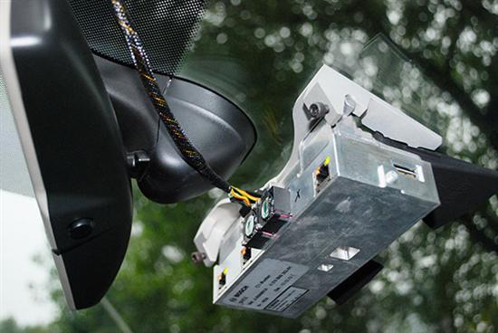 毫米波雷达  AEB