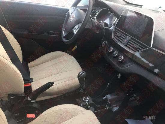 自主7座旅行车 宝骏310w将上海车展发布