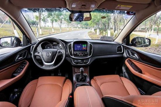 五菱品牌首款SUV车型谍照 上海车展亮相高清图片