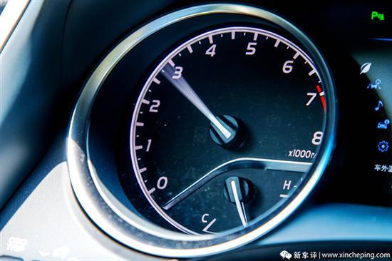 凯美瑞2.0L首试:入门车型中的实力担当