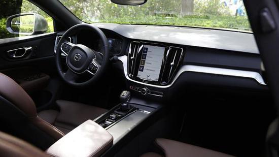 试驾沃尔沃全新S60 在安心中领略北欧魅力