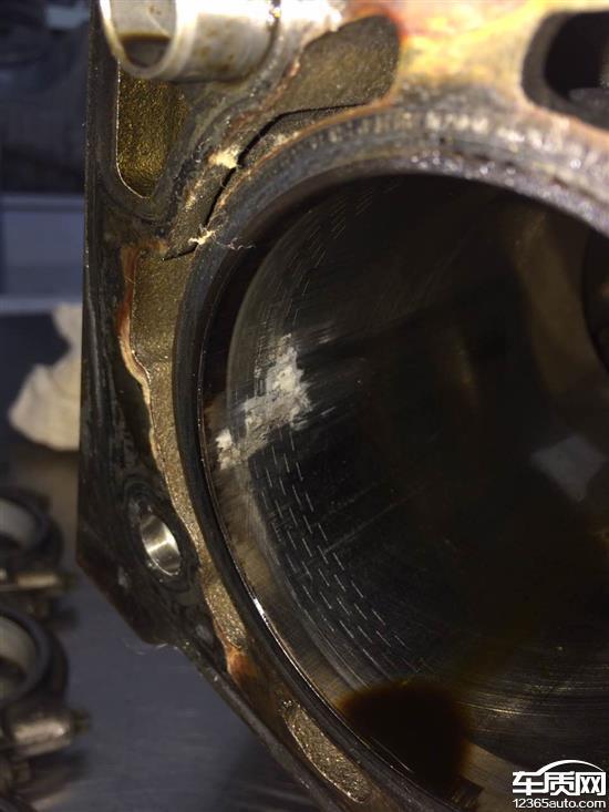 雪佛兰迈锐宝发动机烧机油仪表盘无提示