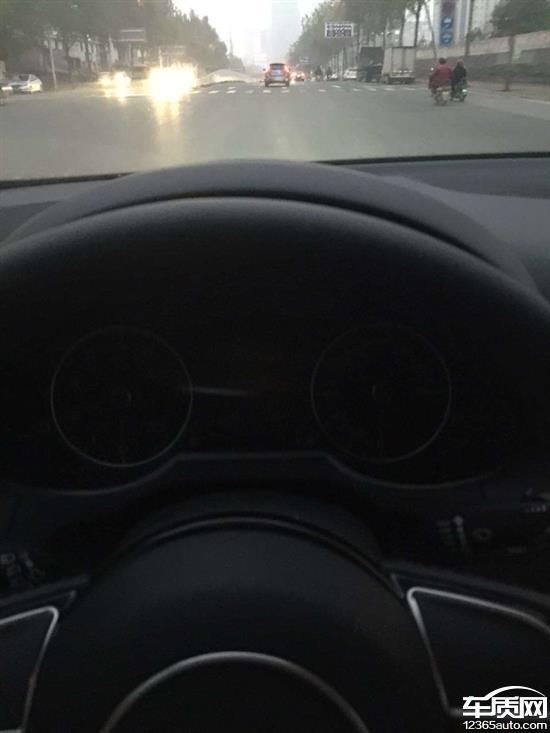 一汽大众奥迪Q5故障灯亮无法启动高清图片