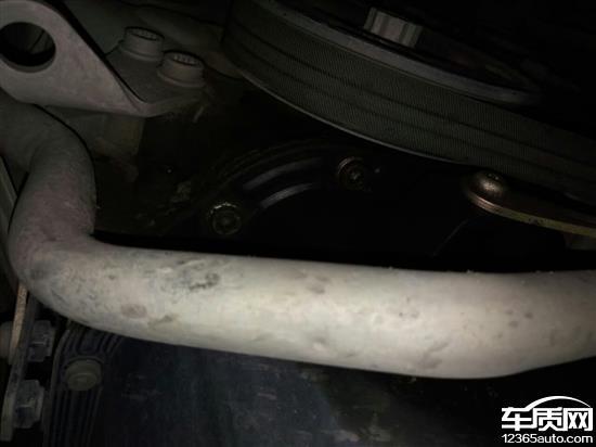 上海大众朗逸发动机漏油厂家不给处理高清图片