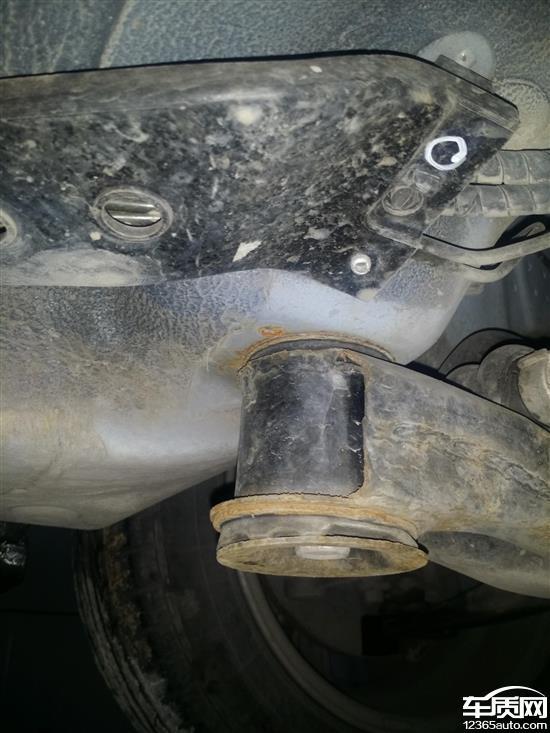 江淮瑞风S3发动机机油乳化 刹车生锈高清图片