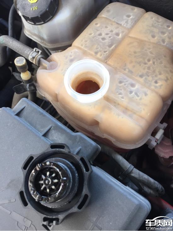 雪佛兰科鲁兹防冻液里全是机油