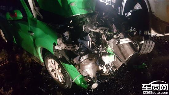 广汽三菱劲炫车被撞报废安全气囊未弹出