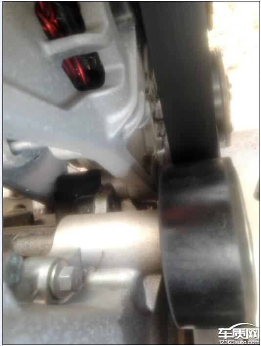 一汽奔腾b30发动机的发电机后面渗油