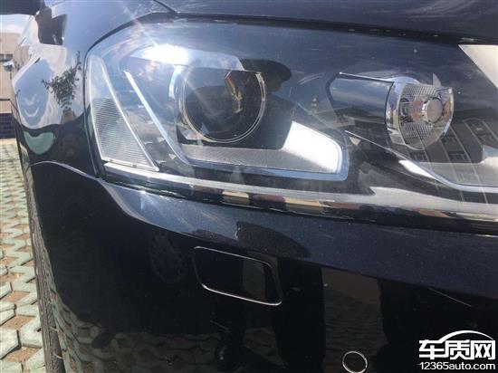 2013年12月在南湖北路一汽大众4S店购买的新迈腾,现在行驶31000km,2014年9月中旬发现两个前大灯总成灯罩里有很多细细的小裂纹,在灯罩里面,大灯下面裂痕特别厉害,灯罩外面摸着光滑,但是看着特别明显,非人为损坏。2016年4月去乌鲁木齐南湖北路4S店询问,售后说前段时间碰到过类似问题,需要跟一汽大众厂家沟通,接着拍照取证后发厂家协商,过了7天后给我回话说厂家认为不是质量问题,不予赔偿。之后我跟一汽大众售后联系也说叫我找4S店,4S店说他们也没有办法,叫我去质检部门做鉴定证明是质量问题,请问如果