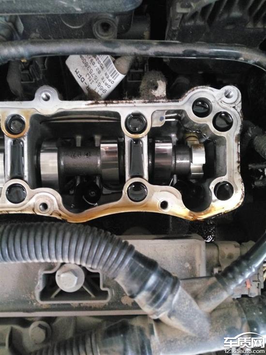 东风雪铁龙爱丽舍发动机质量问题机油外漏