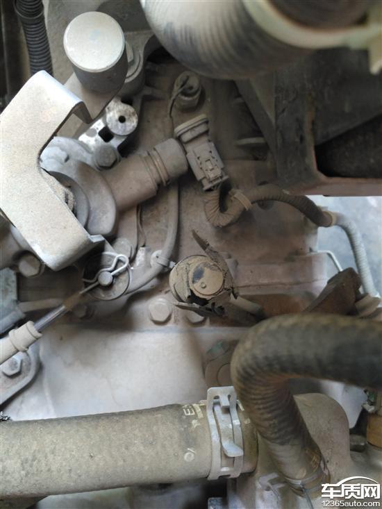 雪佛兰赛欧变速箱通风阀碎裂影响变速箱