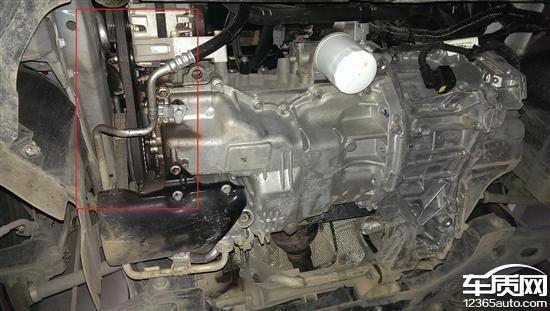 长安福特福克斯发动机漏油 变速箱顿挫高清图片