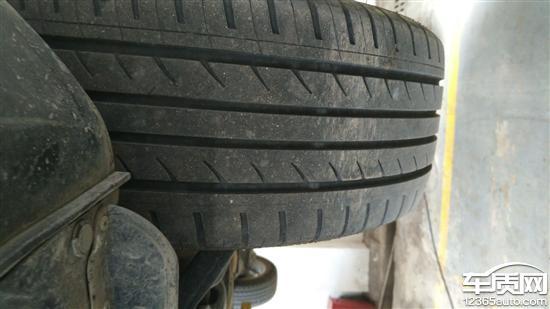 江淮瑞风S3前轮轮胎吃胎 4S店不给更换高清图片