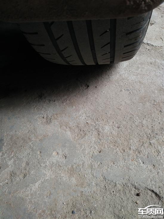 江淮瑞风S3轮胎吃胎严重 底盘有异响高清图片