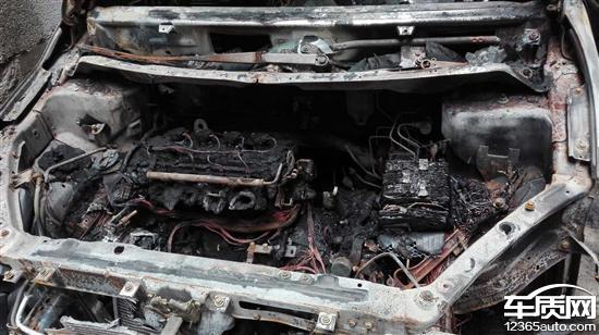 郑州海马M3停车2小时自燃消防报告质量问题高清图片