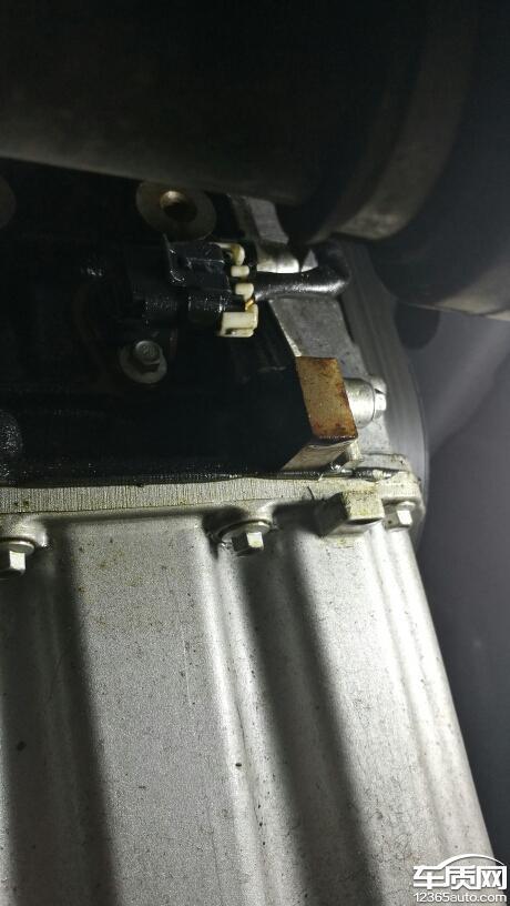 江淮瑞风s5发动机渗油严重 离合器异响