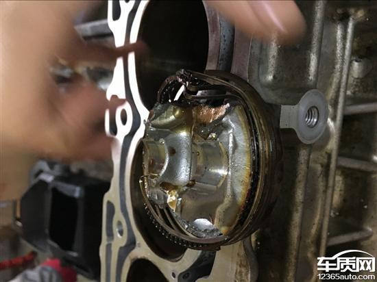 广汽丰田致炫发动机第四缸连杆断裂