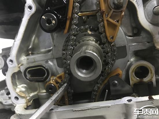 田雅阁5万公里发动机正时链条断裂