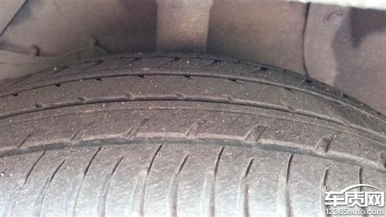 长安铃木锋驭后轮轮胎吃胎非正常磨损_-_车质网
