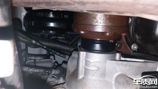 一汽大众宝来右半轴油封漏油三次修不好高清图片