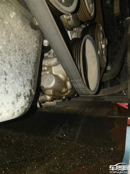 一汽大众宝来转向助力油泵漏油厂家无法质保