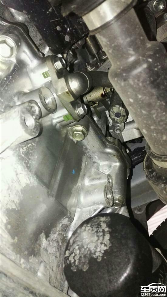 一汽丰田卡罗拉发动机异响漏油严重