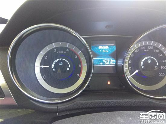 东风御风S16发动机怠速偏高油耗增加高清图片