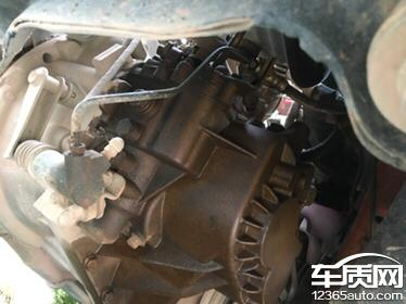 奇瑞风云2发动机管路漏油严重要求尽快解决