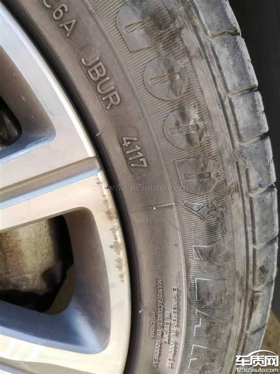 东风标致408固特异轮胎大面积掉皮
