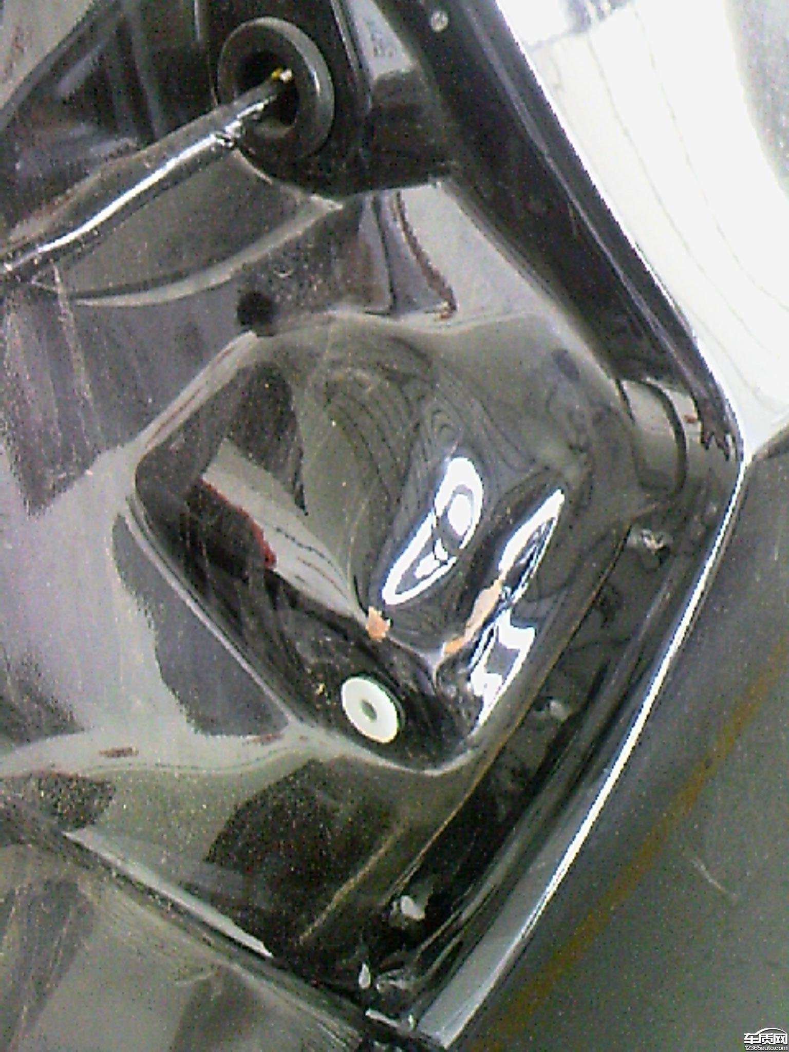 江淮和悦RS新车有碰撞痕迹且生锈高清图片