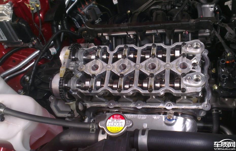 长安CS35发动机机油乳化图片