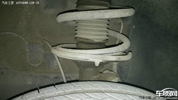 车前减震器异响_