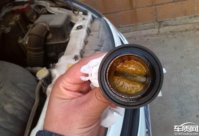 东风景逸发动机机油乳化严重