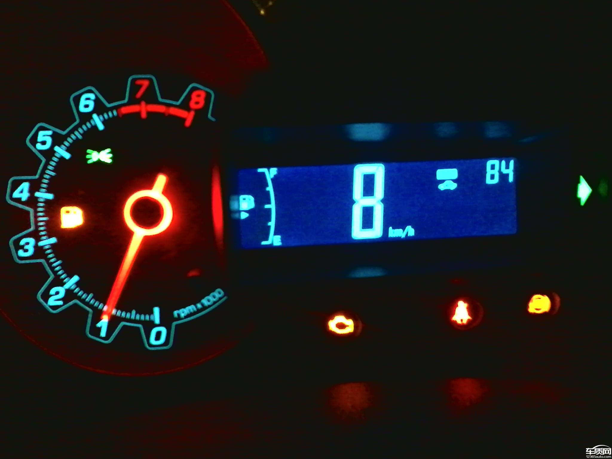 自2012年10月18号提车一直到首保过后大概2013年3,4月份开始出现84故障代码,发动机故障灯常亮,ABS灯亮,一直到2014年1月23号总共出现7次故障代码,每次到4S店都是清洗节气门,刷下程序就能开个1个多月,车辆在正常行驶途中自动减速没有动力有几次差点出现车祸,4S店一直没给解决掉,明天又要去4S店了求助求助,不知道某天会好。