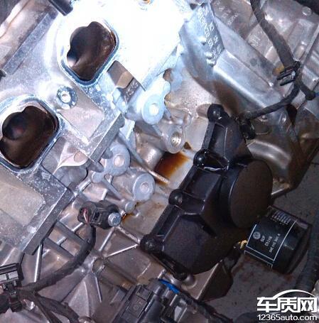 上海大众朗逸EA211发动机漏油高清图片
