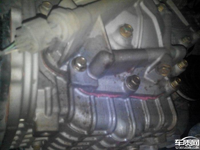 奇瑞瑞虎5cvt变速箱漏油高清图片