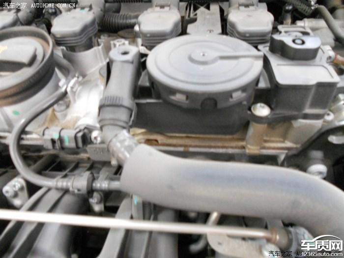 一汽大众迈腾发动机漏油图片