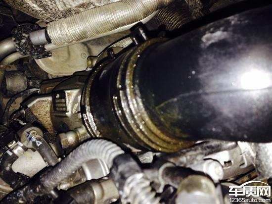 上海大众途观发动机严重漏油