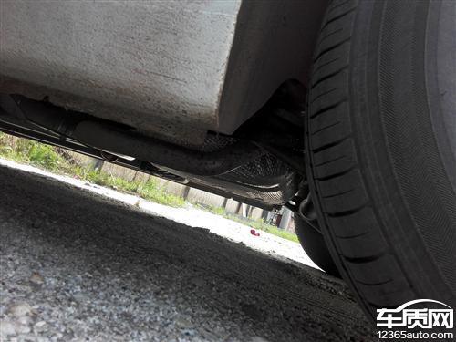 雪佛兰科鲁兹空调直接排水致车辆底盘