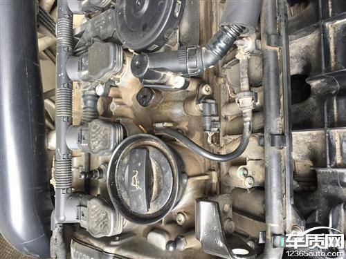 上海大众途观发动机漏油严重