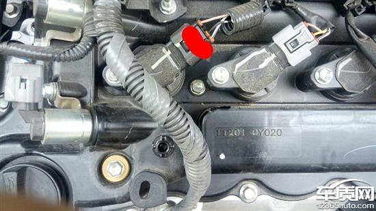 丰田威驰发动机漏油仪表台异响严重